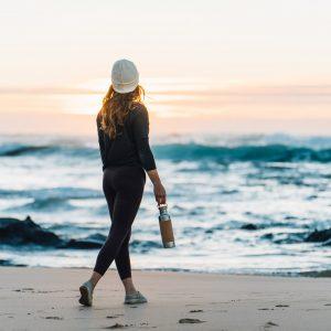 Edelstahl trinkflasche isoliert Salty Mind am Meer